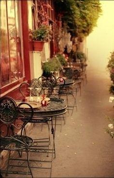 Sidewalk cafe in Paris, France Le Marais Paris, Oh Paris, I Love Paris, Montmartre Paris, The Places Youll Go, Places To See, Parisian Cafe, Parisian Style, Sidewalk Cafe