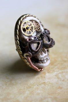 Steampunk WW2 clockwork aviator skull miniature brooch - polymer clay and metal