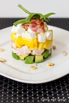 Kip mango avocado torentje Avocado Brownies, Allergy Free Recipes, Easy Healthy Recipes, Good Food, Yummy Food, Rainbow Food, Tasty Dishes, Summer Recipes, Food Inspiration