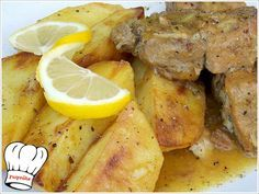 ΧΟΙΡΙΝΟ ΨΗΤΟ ΚΑΤΣΑΡΟΛΑΣ ΛΕΜΟΝΟΜΟΥΣΤΑΡΔΑΤΟ ΜΕ ΠΑΤΑΤΕΣ ΜΠΛΟΥΜ!!! | Νόστιμες Συνταγές της Γωγώς Greek Recipes, Pot Roast, Pork, Food And Drink, Cooking Recipes, Chicken, Meat, Vegetables, Kitchens