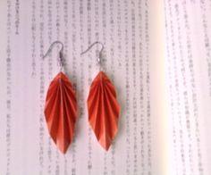 DIY: Origami Leaf Earrings {by kimnga}