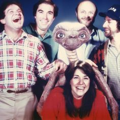 """""""#RobinWilliams #ET"""" Robin Williams Art, Robert Williams, Christopher Reeve, Famous Movies, Old Movies, Falling In Love With Him, I Fall In Love, Mrs Doubtfire, All Robins"""