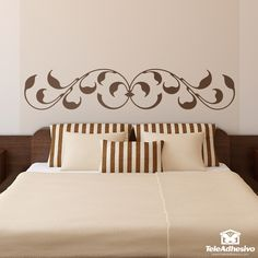 Symmetrical and ornamental baroque inspiration design with leaf finishes. Creative Wall Painting, Wall Painting Decor, Home Decor Bedding, Room Decor, Wall Decor, Flower Wall Decals, Wall Molding, Wall Stickers Home Decor, Headboards For Beds
