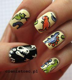 Dinozaury, dzięki którym wygrałam w konkursie #dinozaur #nailart #geek #freehand