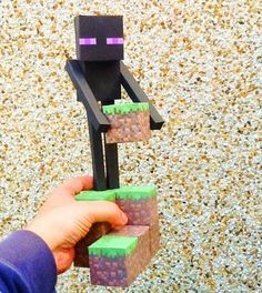 PAPERMAU: Minecraft - Large Enderman Paper Toy - by FPS X-Games