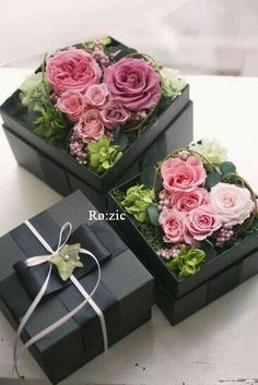 Image of Ro: zic die floristin Beautiful Flower Arrangements, Floral Arrangements, Beautiful Flowers, Dried Flowers, Silk Flowers, Paper Flowers, Flower Box Gift, Flower Boxes, Deco Floral