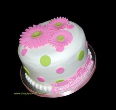 Pink daisies - cake