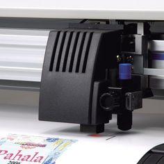 Serviço de corte computadorizado em vinil adesivo, selecione o material desejado e efetue o corte no formato que quiser.
