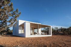 Can Xomeu Rita - Marià Castelló · Architecture Contemporary Interior Design, Contemporary Architecture, Casa Petra, Charming House, Dry Stone, Concrete Houses, Yellow Houses, Tropical Houses, My House