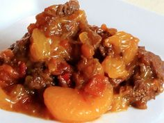 Luckily, there are slow cooker beef dishes that taste great and are easy to make that allow you to get your fix without overdoing it on calories or saturated fat.