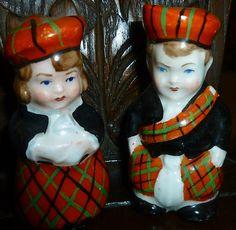 RARE ORIGINAL VINTAGE NOVELTY SALT & PEPPER POTS SCOTTISH / SCOTLAND BOY and girl
