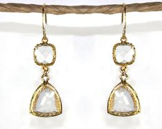 1920's style earrings in gold and crystal