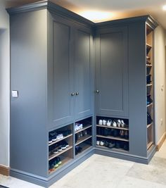 Bespoke boot room cabinet and shoe store hand painted in Farrow & Ball 'Moles Breath'. Mudroom Laundry Room, Laundry Room Layouts, Laundry Room Design, Boot Room Utility, Utility Room Designs, Kitchen Utilities, Hallway Storage, Dog Rooms, Bespoke Kitchens