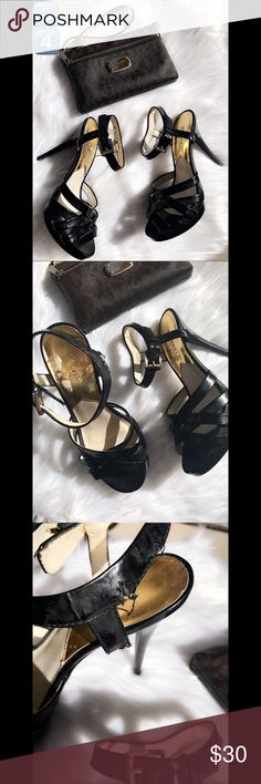 "Michael Kors heels (NEVER WORN) 5"" heels. No other damages except the ones showed. No box.  NO TRADES 🙅🏻 ALL REASONABLE OFFERS ARE ACCEPTED 😊👍🏽 NO LOWBALLERS!!! 😒✌🏽️✌🏽 LET'S BUNDLE!!!! 🎋🎉🎁🎊🎈 Michael Kors Shoes Heels"