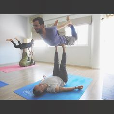 #pilatesforwo_men #acroyoga