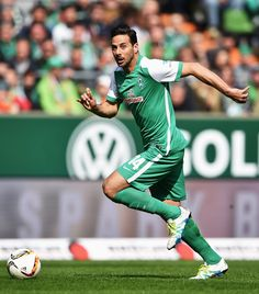 Claudio Pizarro of Bremen in action during the Bundesliga match between Werder Bremen and VfL Wolfsburg at Weserstadion on April 16, 2016 in Bremen, Germany.