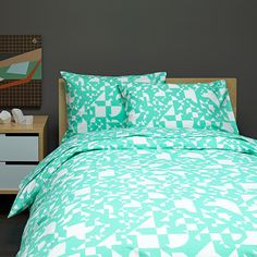 Machine wash warm inside out on gentle cycle. Warm iron as needed. Green Duvet Covers, Bed & Bath, Bold Colors, Comforters, Modern Bedding, Cozy, Shapes, Blanket, Cool Stuff