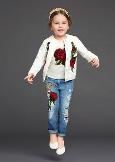 http://www.dolcegabbana.com/child/collection/dolce-and-gabbana-winter-2016-child-collection-41/