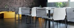 Tessa è una seduta di design in acciaio verniciato leggera, pratica, impilabile, realizzata con e senza braccioli. Showroom, Bar Stools, Outdoor, Furniture, Design, Home Decor, Bar Stool Sports, Outdoors, Decoration Home