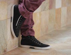 Calçados revelam a personalidade das pessoas, segundo estudo.