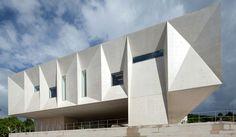 Palacio de Justiça de Gouveia / Barbosa & Guimarães
