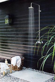 Gorgeous outdoor shower Duchas al aire libre 7 … Outdoor Bathrooms, Outdoor Rooms, Outdoor Gardens, Outdoor Living, Outdoor Decor, Rustic Outdoor, Outdoor Shower Fixtures, Outdoor Baths, Luxury Bathrooms