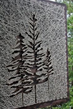 Fils tendus darbre  26 x 18 Pine Tree String Art