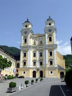 church in Mondsee where the wedding was filmed hutch for the Sound of Music. I went there on a Sound of Music Tour in 2000. Beautiful little town!