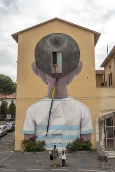 French muralist Julien Malland (aka Seth) has been extremely prolific over the last year, traveling to far flung locations around the world including China, Tahiti, New Zealand, Italy, Canada, and even the Reunion Islands in just the last few months alone. Seth paints large-scale human figures—m