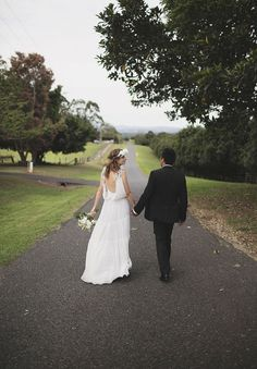 A WOLLONGBAR WEDDING: JESS   MATT