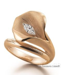 I would love this ring in yellow gold as my name Susan mean's Lilly