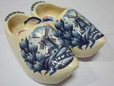 Blue/White Made In Holland Wooden Shoes – DutchGiftOutlet