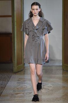 MILAN;Spring/Summer 2017 Ready-To-Wear; Blumarine;블루마린; creative director: Anna Mol...