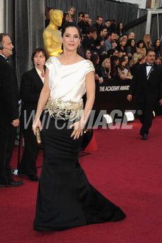 #Oscar #Oscars Sandra Bullock chic.