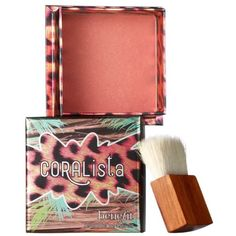 Benefit Cosmetics Coral Pink Coralista Box O Powder Blush ($29) ❤ liked on Polyvore featuring beauty products, makeup, cheek makeup, blush, coral pink, benefit blush and powder blush