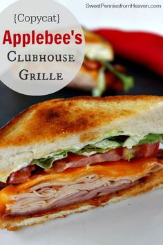 This copycat Applebe This copycat Applebee's Clubhouse Grille Sandwich is the bomb diggety! Loaded with turkey ham thick applewood smoked bacon cheesy goodness tomatoes and more! Ohh and toasted to perfection! Doesn't get much better! Grill Sandwich, Soup And Sandwich, Salad Sandwich, Grilled Sandwich Ideas, Bacon Sandwich Recipes, Turkey Club Sandwich, Panini Recipes, Sandwich Spread, Fondue Recipes