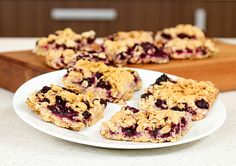 Crisp blueberry oat slice