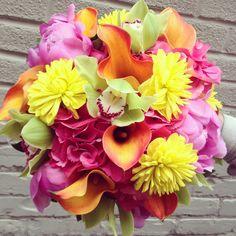 Brightest bridal bouquet @Rachelle Soucy