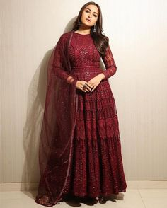 Indian Gowns Dresses, Indian Fashion Dresses, Indian Designer Outfits, Indian Outfits, Indian Clothes, Fashion Clothes, Lehenga Designs, Kurta Designs, Bridal Anarkali Suits