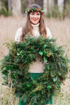 Christmas Wreath   Festive Wedding Inspiration   Cortney Smith Photography   Bridal Musings Wedding Blog 31