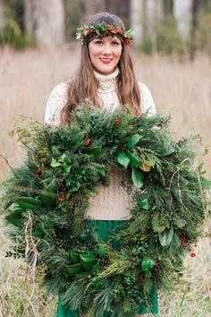 Christmas Wreath | Festive Wedding Inspiration | Cortney Smith Photography | Bridal Musings Wedding Blog 31