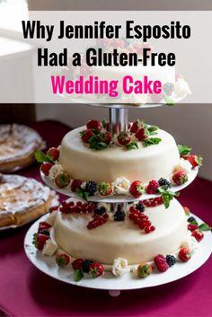 Jennifer Esposito marries Louis Dowler with gluten-free wedding cake