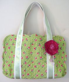 place mat bags -- Might be handy for quilting books or magazines...