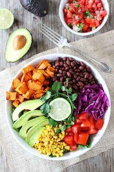 """im-horngry: """" Vegan Salad - As Requested! X Sweet Potato & Black Bean Salad! """" Get free access to my top resource to a clean eating diet and live healthier Mexican Salad Recipes, Mexican Salads, Healthy Salad Recipes, Whole Food Recipes, Vegetarian Recipes, Dinner Recipes, Cooking Recipes, Mexican Dishes, Smoothies Vegan"""