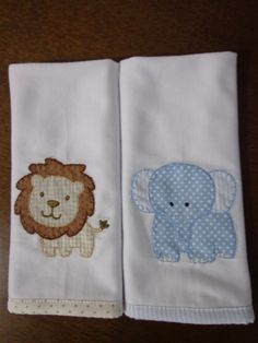 This post was discovered by Ma Applique Patterns, Applique Designs, Baby Embroidery, Machine Embroidery, Baby Sewing Projects, Crochet Projects, Baby Boy Shower, Baby Shower Gifts, Baby Sheets