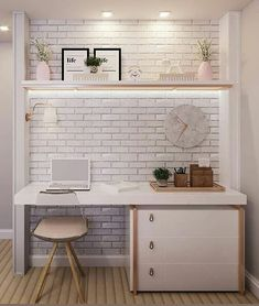 - Home office delicado e charmoso com estilo escandinavo. Amei como a parede de ti… Delicate and charming home office with Scandinavian style. Loved how the brick wall was wonderful and matching with the other furniture …. Mesa Home Office, Home Office Desks, Office Furniture, Small Room Bedroom, Bedroom Decor, Cute Room Decor, Study Room Decor, Girl Bedroom Designs, Trendy Home