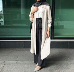 How to wear palazzo pants with hijab – Just Trendy Girls Abaya Fashion, Muslim Fashion, Modest Fashion, Fashion Outfits, Emo Fashion, Modest Wear, Modest Dresses, Modest Outfits, Hijab Dress