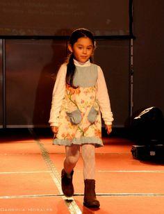 jumper 6 años/years Jumper, Cold Shoulder Dress, Dresses, Fashion, Vestidos, Moda, La Mode, Jumpers, Fasion