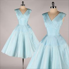 vintage 1950s dress . FRED PERLBERG . pleated blue taffeta . 3909