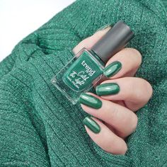 trend it up Maybelline, Trend It Up, Yves Saint Laurent, Nail Polish, Natural Nails, Swatch, Manicure, Fall, Beauty